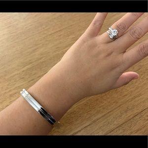 Beautiful metallic silver Marc Jacobs bracelet